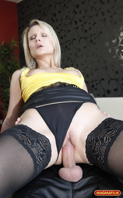 MagmaFilm.com: Fuck My Tight Ass Starring: Samantha Jolie