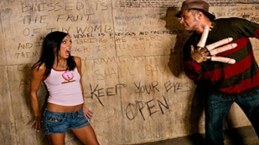 TeensLikeItBig.com / Brazzers.com: Stephanie Cane, Danny Mountain - A Nightmare on Mountain Street [SD 480p] (302 MB) - October 28, 2008