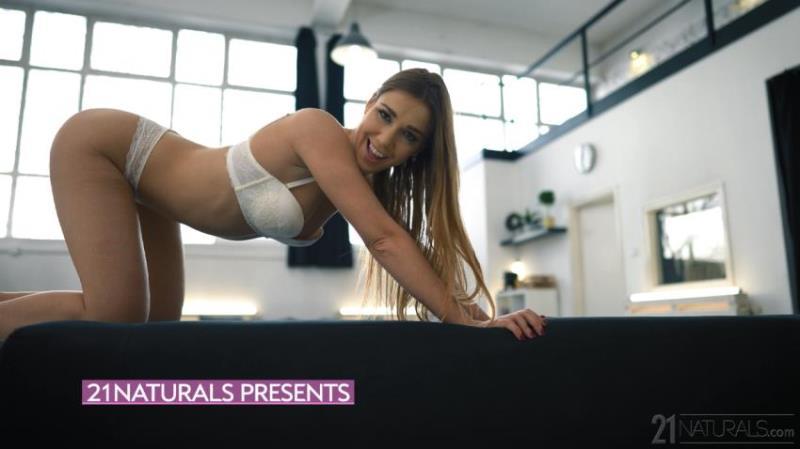 21EroticAnal.com/21Naturals.com: Alexis Crystal - Lingerie Dreams [2K UHD 2160p] (2.65 Gb)