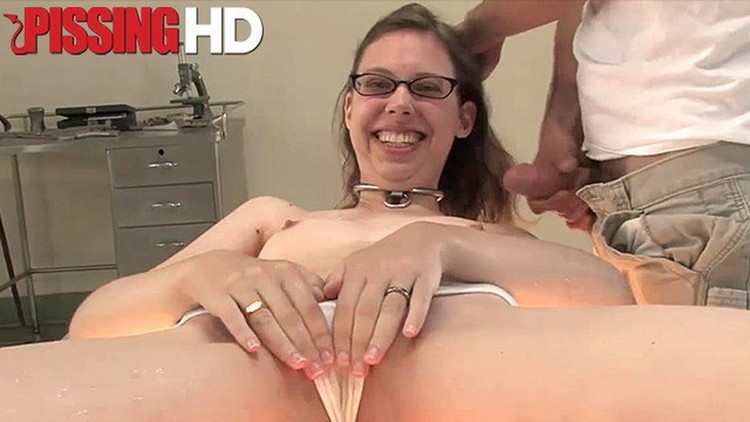 Unknown - Adorable amateur loves to be pissed on [PissingHD] FullHD 1080p